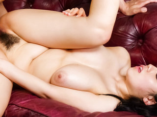 Huge breast Azusa Nagasawa squashes her utter breasts..